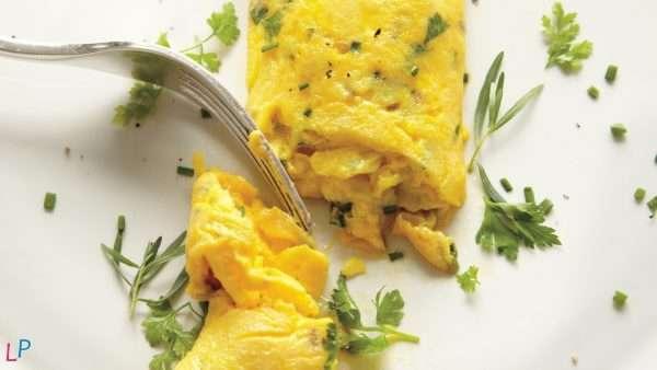 Omelet met peterselie en mediterrane kruiden